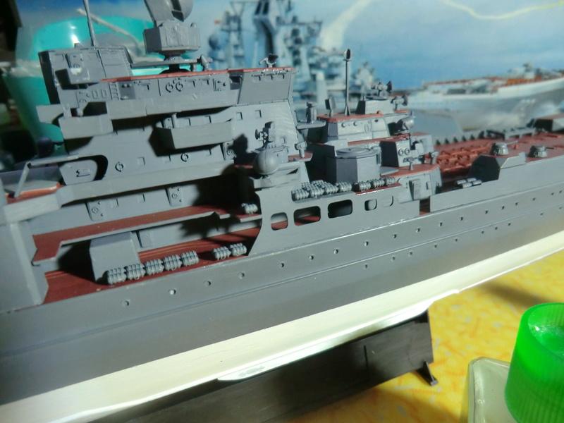Croiseur Russe Admiral Ushakov 1/350 - Page 3 Crois122