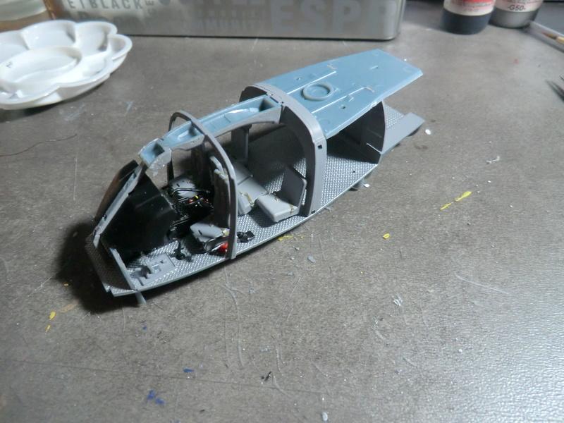ZHI-9B ou variante du Dauphin II 1/48 Kitty Hawk Dauph113