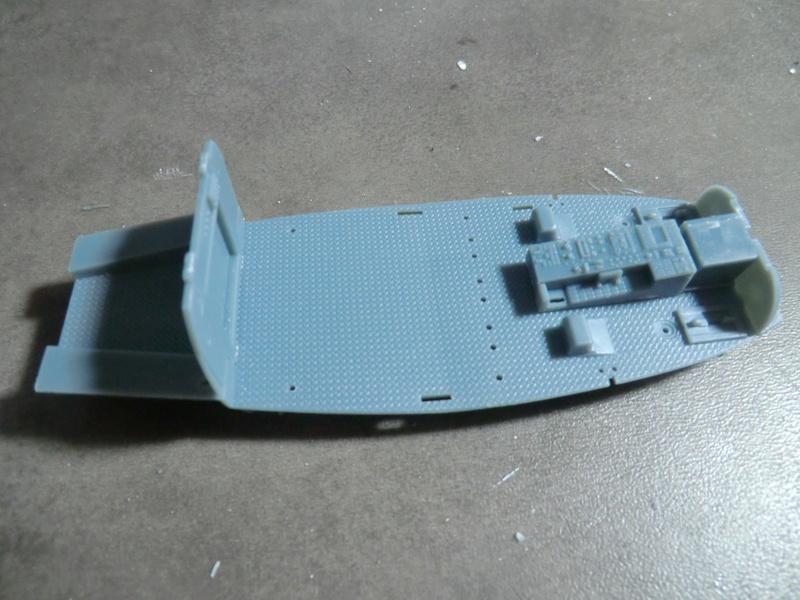 ZHI-9B ou variante du Dauphin II 1/48 Kitty Hawk Dauphi44