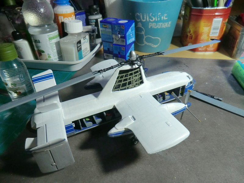 montage d'un Fairey rotodyne 1/78 Revell - Page 2 F-rot107