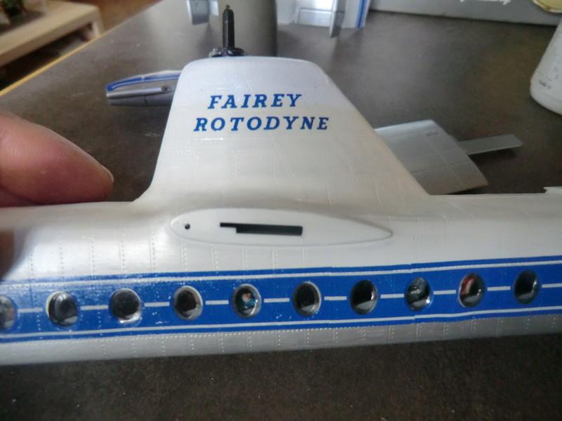 montage d'un Fairey rotodyne 1/78 Revell - Page 2 F-roto79