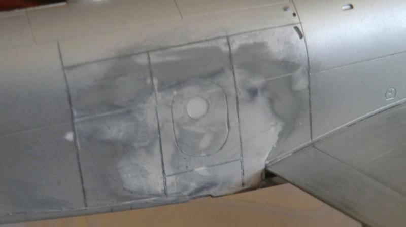 Montage d'un Skyraider Français tamiya 1/48 - Page 2 Kit_en14