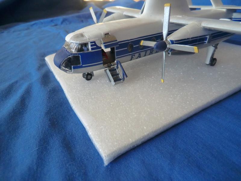 montage d'un Fairey rotodyne 1/78 Revell - Page 3 Photos30