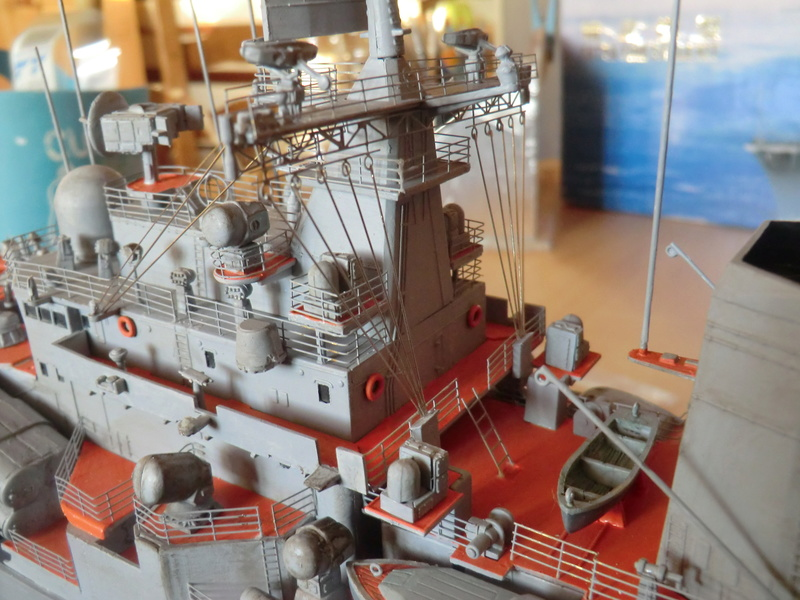 destroyer Sovremenny type 956,Trumpéter 1/200 - Page 15 Sovre516