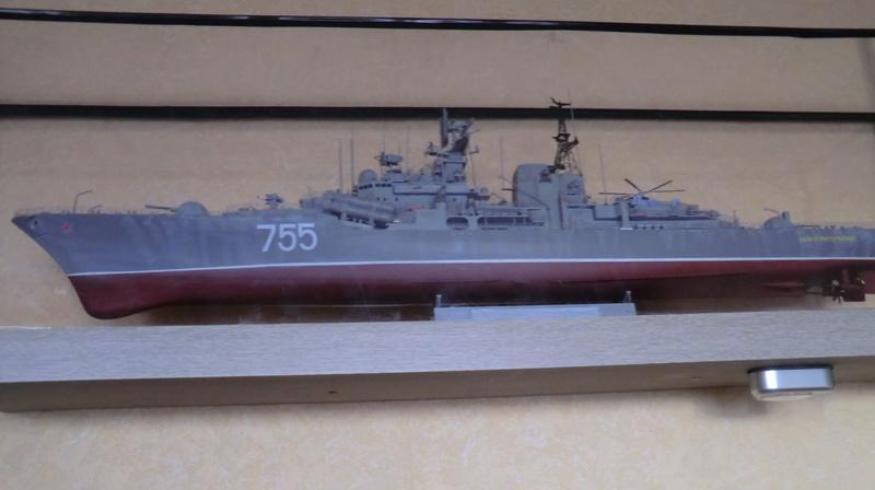destroyer Sovremenny type 956,Trumpéter 1/200 - Page 17 Sovre561
