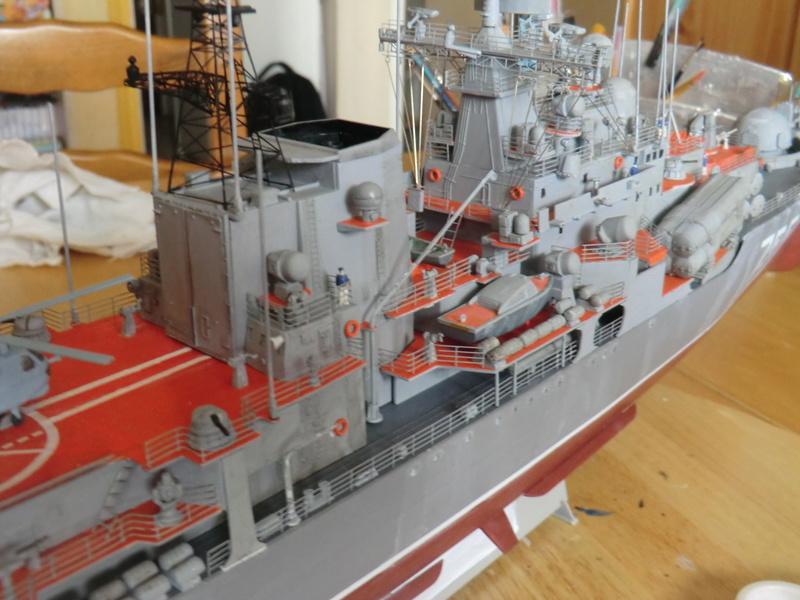 destroyer Sovremenny type 956,Trumpéter 1/200 - Page 17 Sovre566