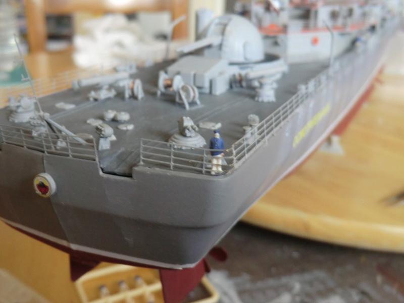 destroyer Sovremenny type 956,Trumpéter 1/200 - Page 17 Sovre568