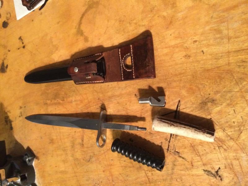 Votre couteau, votre préférence au jour le jour : pliant, dague ?  Dague_10