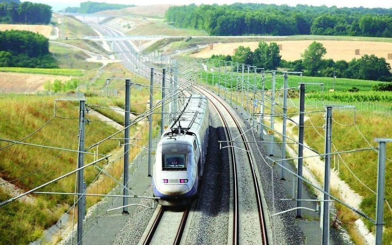 TGV Sncf-e10