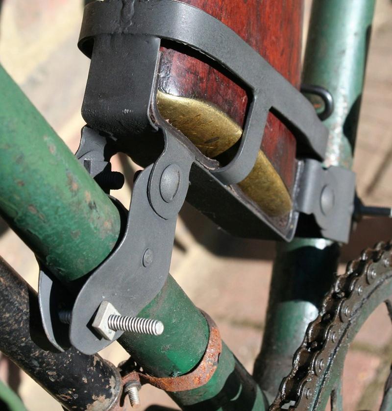 Les vélos militaires suisses - Page 2 Kieh_f11