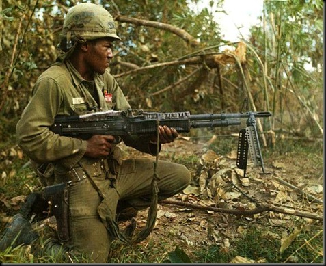 Est-ce une browning BAR? M60_th10