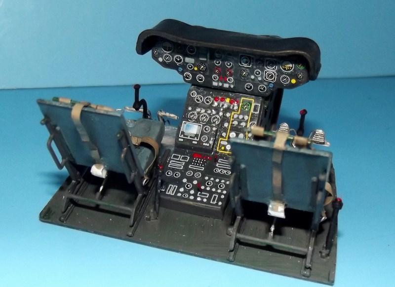 """SA 330 PUMA """"Hélicoptères BLUGEON"""" Revell 1/32 Dscf5824"""