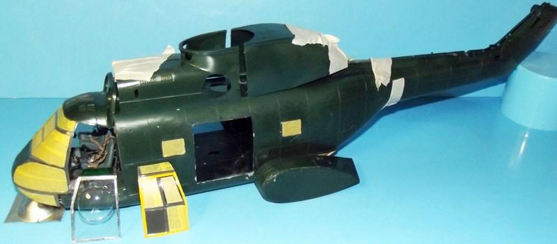 """SA 330 PUMA """"Hélicoptères BLUGEON"""" Revell 1/32 Dscf5915"""