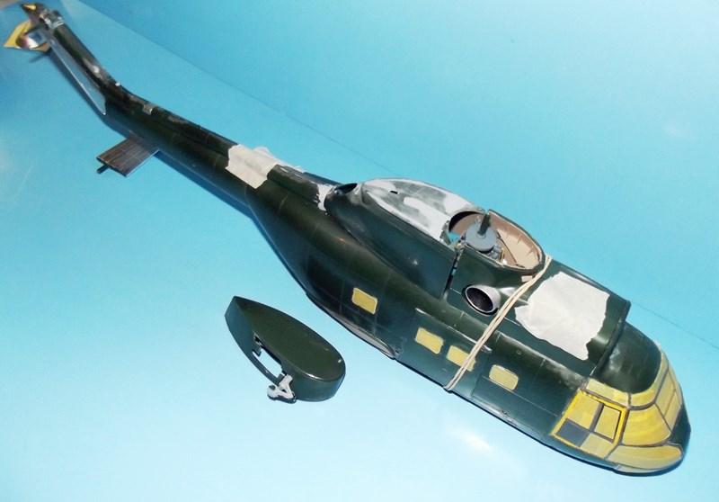"""SA 330 PUMA """"Hélicoptères BLUGEON"""" Revell 1/32 Dscf5927"""