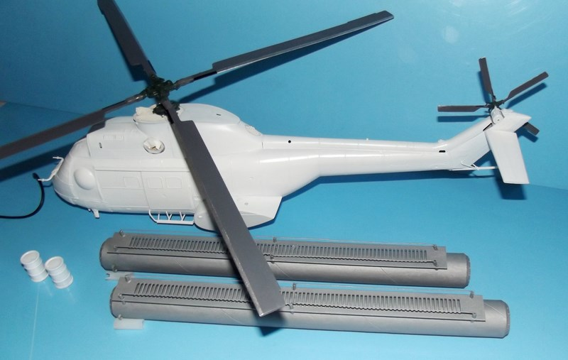 """SA 330 PUMA """"Hélicoptères BLUGEON"""" Revell 1/32 Dscf5934"""