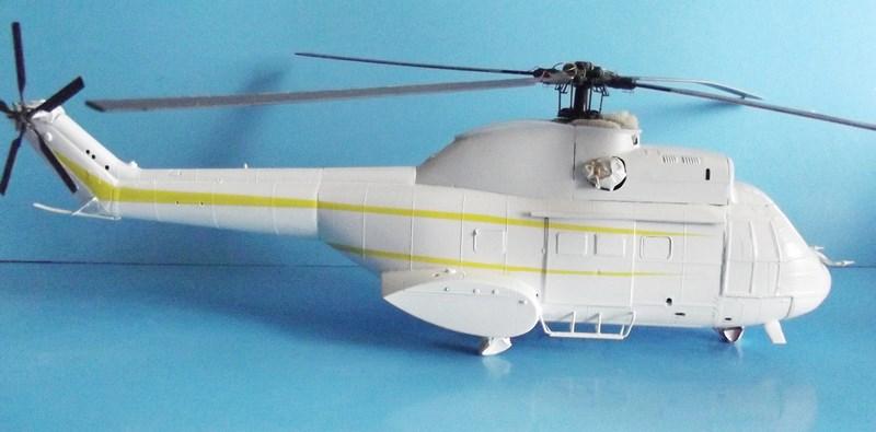 """SA 330 PUMA """"Hélicoptères BLUGEON"""" Revell 1/32 Dscf5943"""