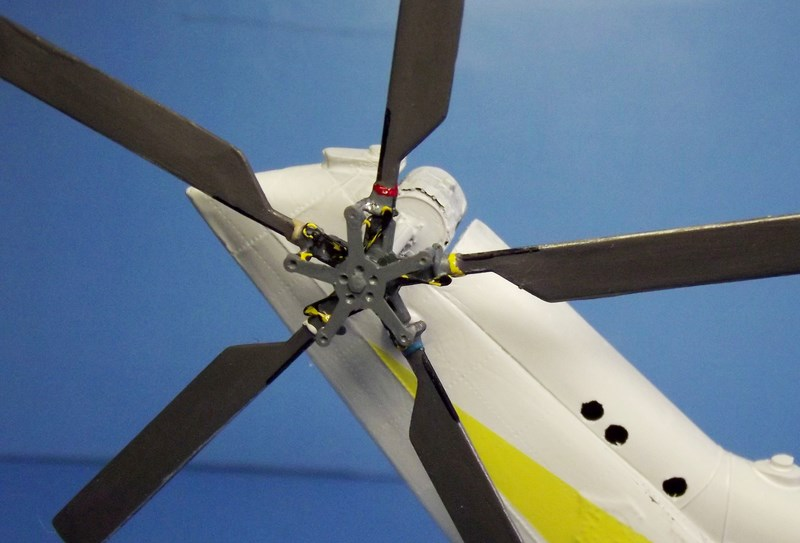 """SA 330 PUMA """"Hélicoptères BLUGEON"""" Revell 1/32 Dscf5948"""