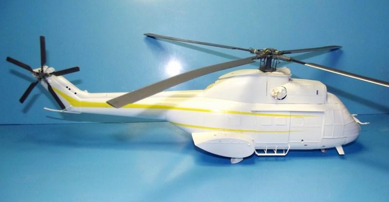 """SA 330 PUMA """"Hélicoptères BLUGEON"""" Revell 1/32 Dscf5949"""