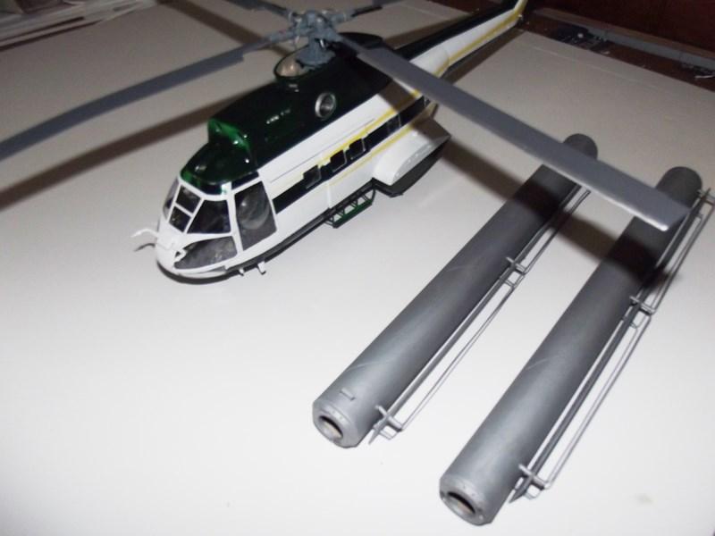 """SA 330 PUMA """"Hélicoptères BLUGEON"""" Revell 1/32 Dscf5952"""
