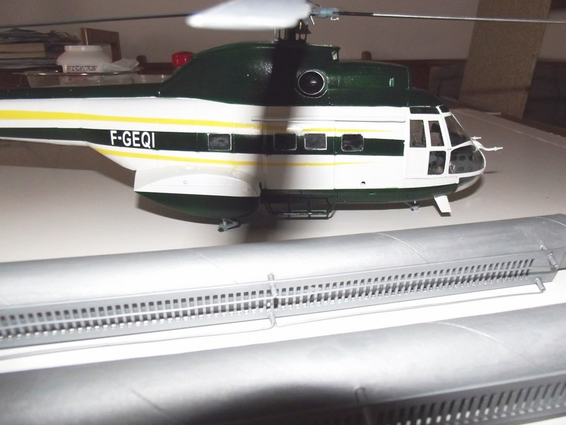 """SA 330 PUMA """"Hélicoptères BLUGEON"""" Revell 1/32 Dscf5955"""