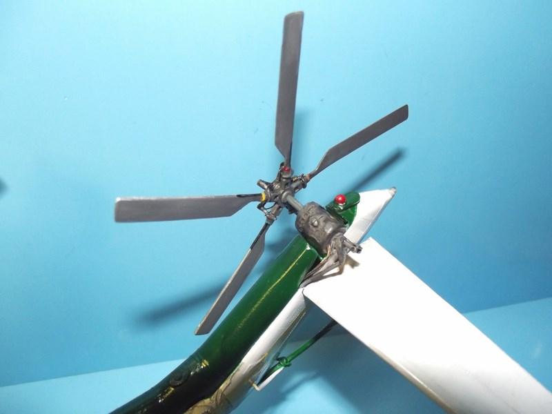 """SA 330 PUMA """"Hélicoptères BLUGEON"""" Revell 1/32 Dscf6016"""