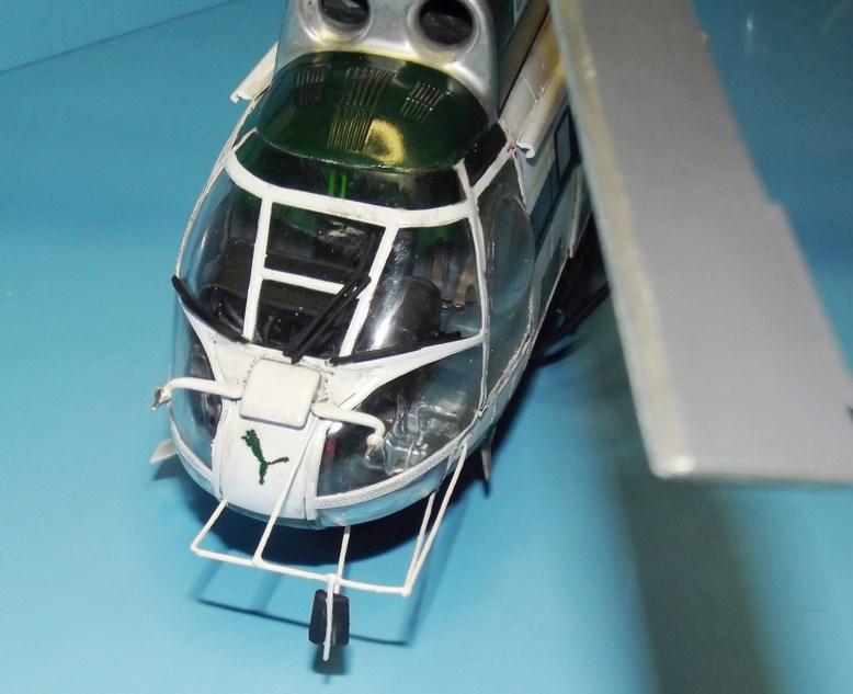 """SA 330 PUMA """"Hélicoptères BLUGEON"""" Revell 1/32 Dscf6018"""