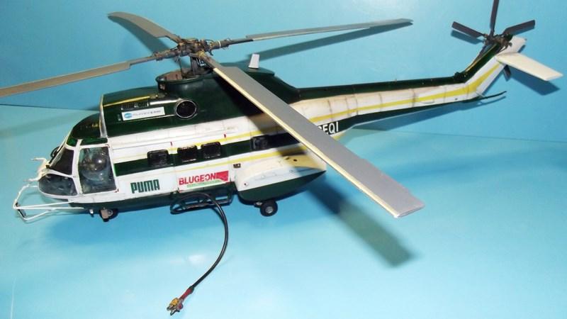 """SA 330 PUMA """"Hélicoptères BLUGEON"""" Revell 1/32 Dscf6021"""