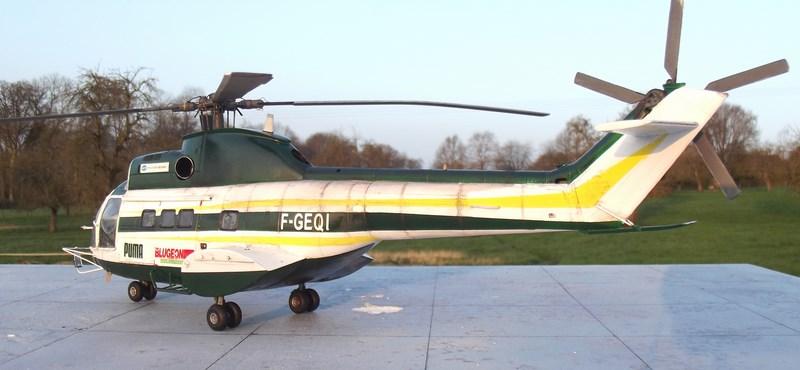 """SA 330 PUMA """"Hélicoptères BLUGEON"""" Revell 1/32 Dscf6042"""