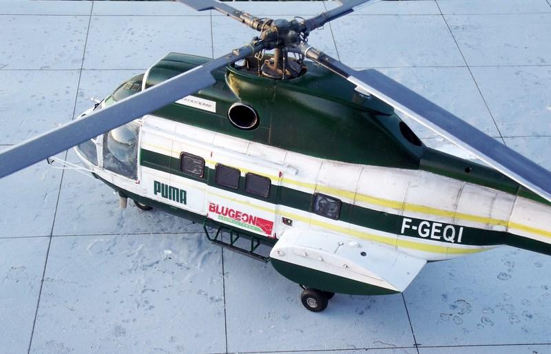 """SA 330 PUMA """"Hélicoptères BLUGEON"""" Revell 1/32 Dscf6044"""