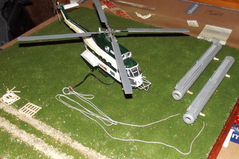 """SA 330 PUMA """"Hélicoptères BLUGEON"""" Revell 1/32 Dscf6050"""