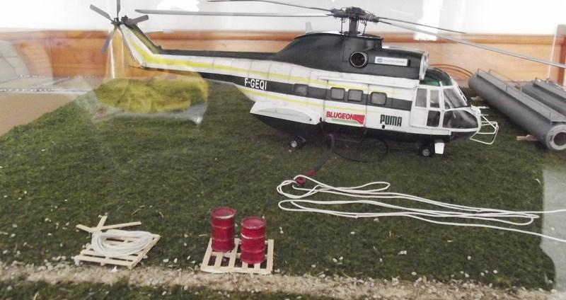 """SA 330 PUMA """"Hélicoptères BLUGEON"""" Revell 1/32 Dscf6051"""