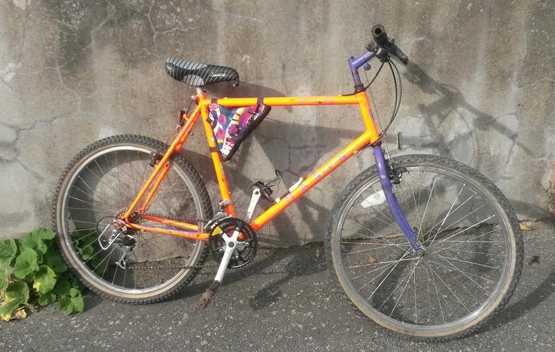 VTT MARIN PALISADES TRAIL 1990-91 orange fluo 00311