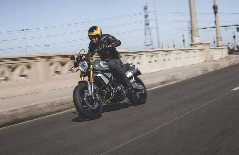 Scrambler Ducati 2018 : King size ! 23231211