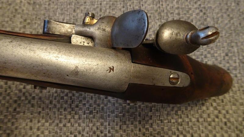pistolet à silex fin XVIIIème style maréchaussée Dsc01311
