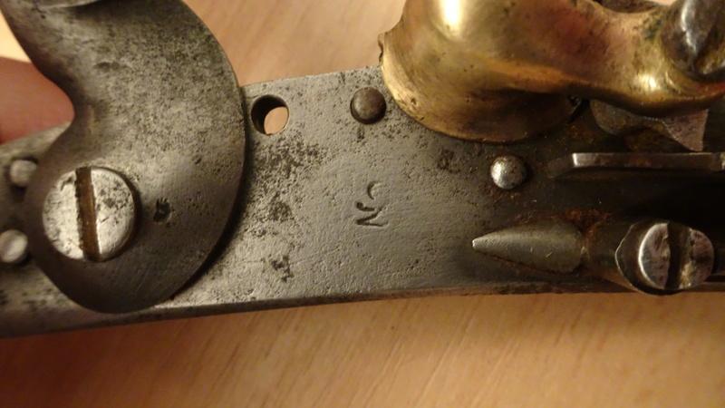 pistolet à silex fin XVIIIème style maréchaussée Dsc01315
