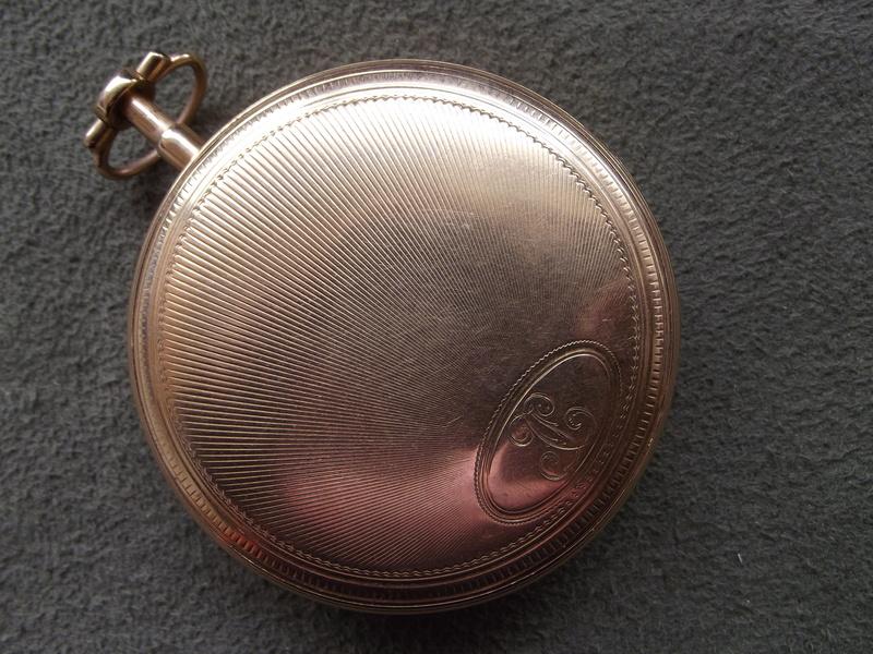 Feu sur les montres de famille (papa, pépé, mémère etc) Dscf1117