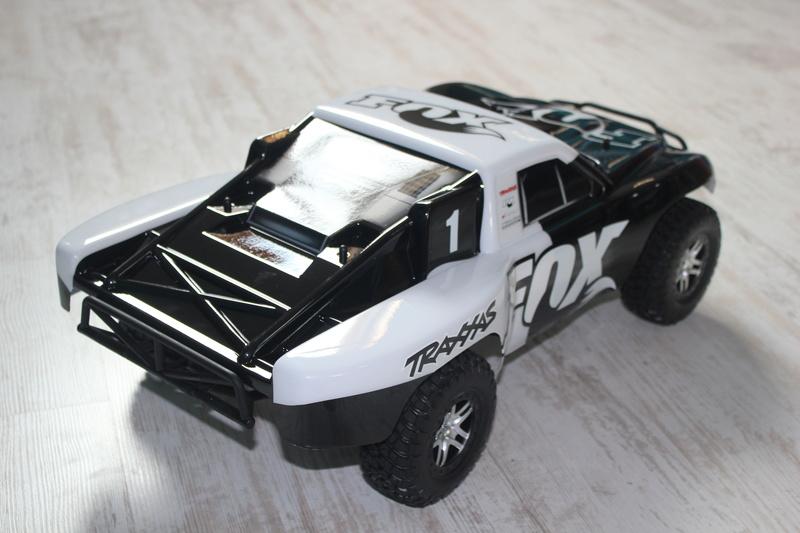 Slash 4x4 Fox édition  Img_9416