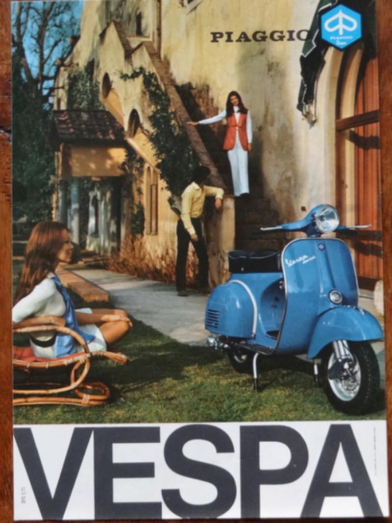 Dépliants publicitaires Vespa  Dsc06942