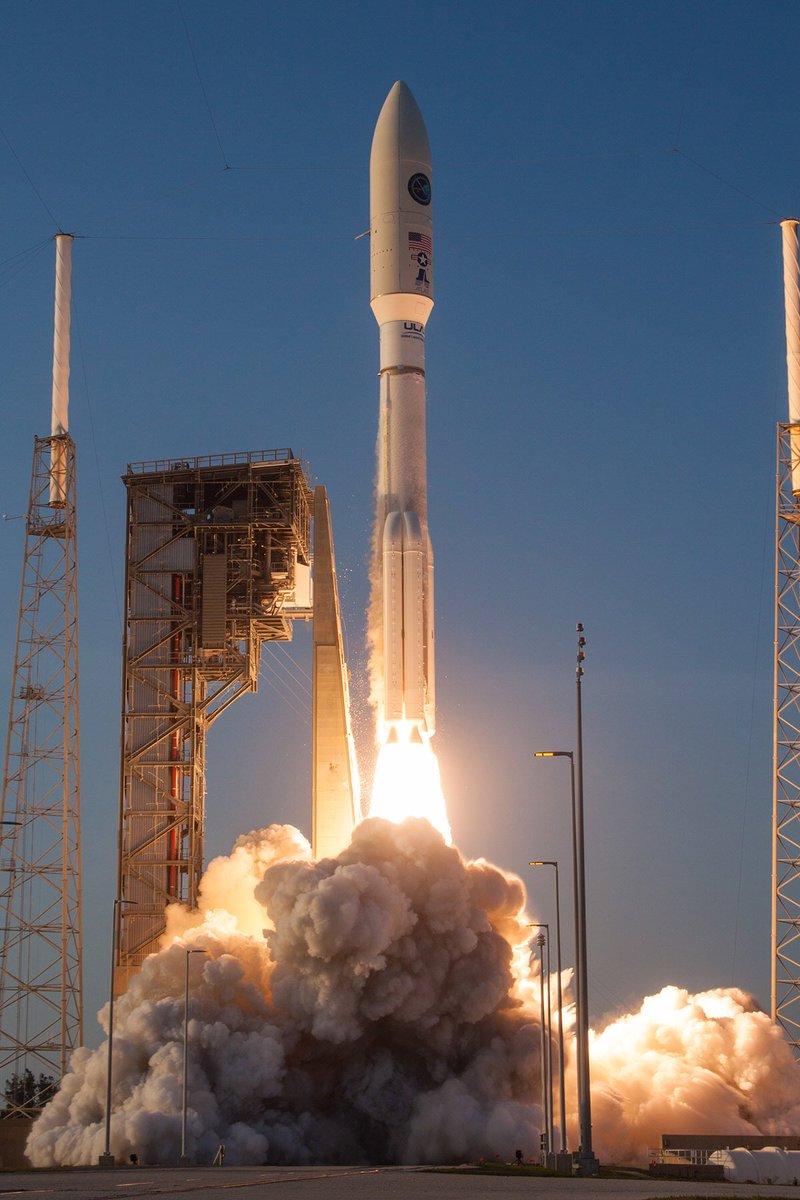 Atlas V 551 (AFSPC-11) - 14.4.2018 247