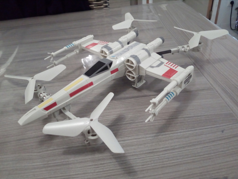Drone revell star wars x-wing Img_2010