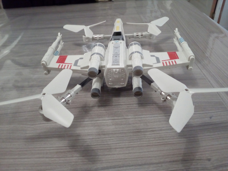 Drone revell star wars x-wing Img_2012