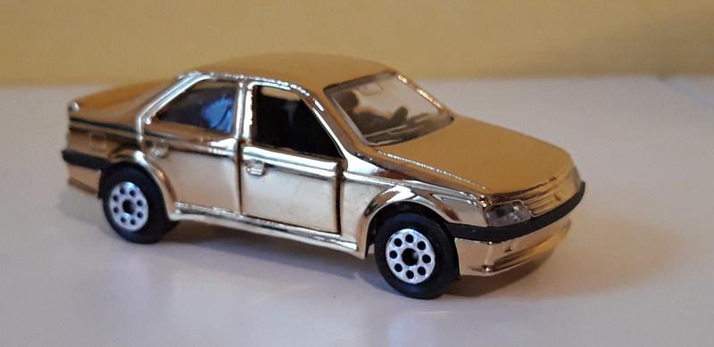 N°219 Peugeot 405 mi16  20181211