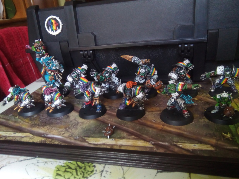 Rainbow Warriorks / Ork BloodBowl Team Project - Page 2 Famous10