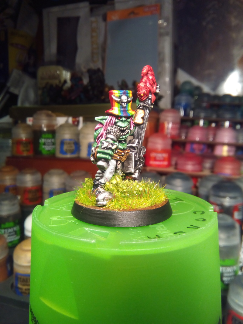Rainbow Warriorks / Ork BloodBowl Team Project - Page 2 Pop1_210