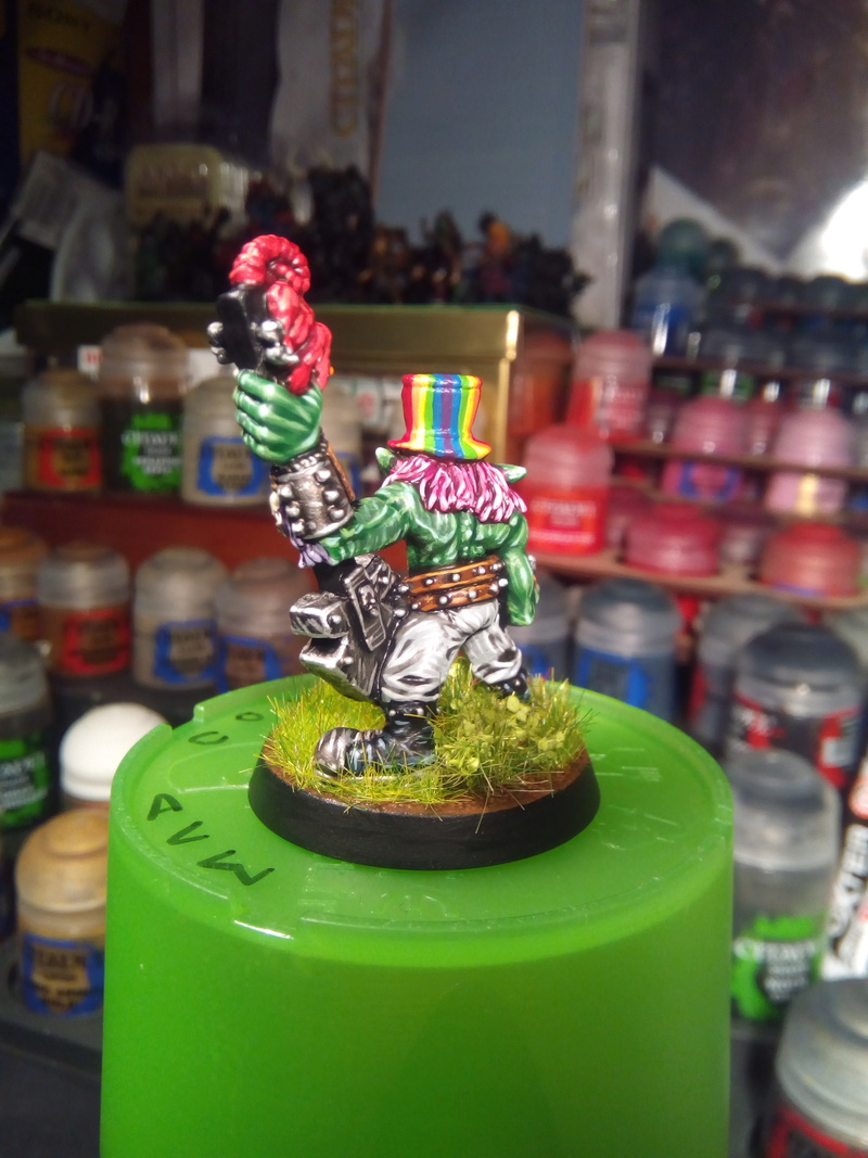 Rainbow Warriorks / Ork BloodBowl Team Project - Page 2 Pop1_610
