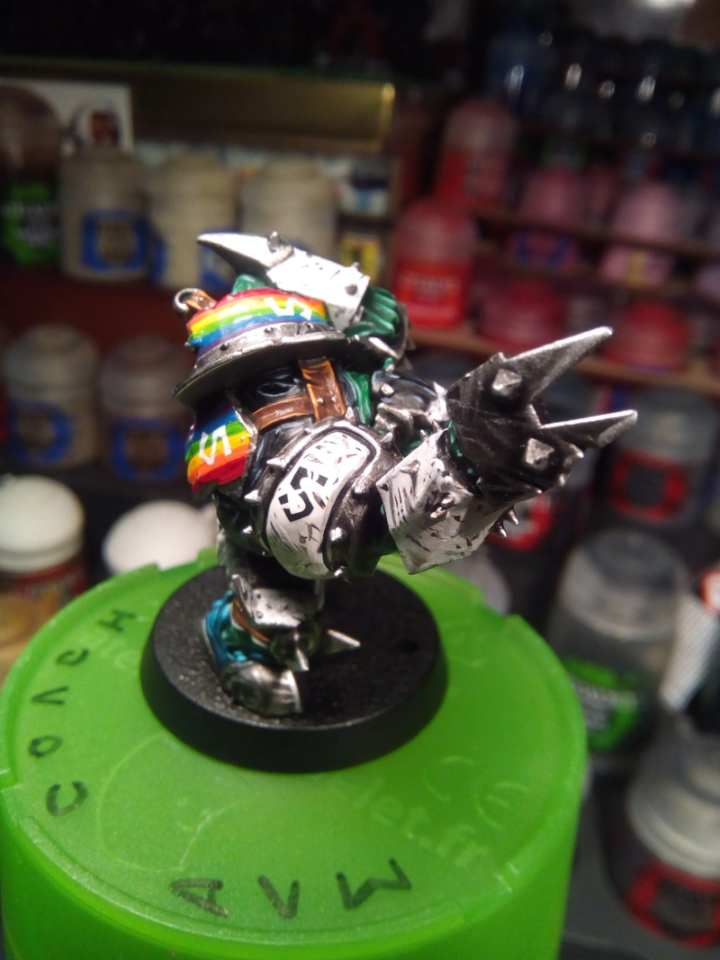Rainbow Warriorks / Ork BloodBowl Team Project - Page 2 Rip_na10