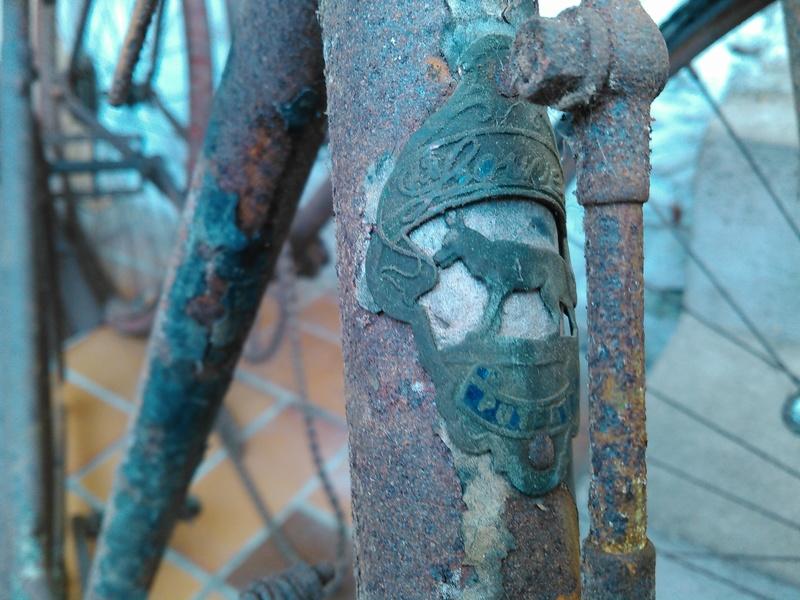 vélo J-B Louvet années 10/20 Kimg0024