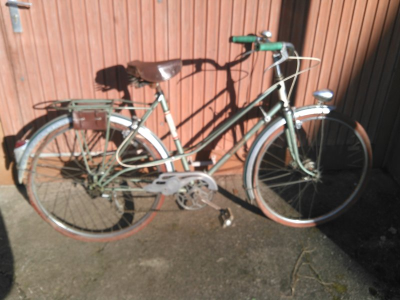Cycles Huvel Strasbourg 1950, marque inconnue ? Kimg0165