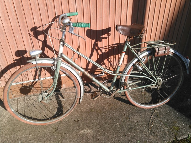 Cycles Huvel Strasbourg 1950, marque inconnue ? Kimg0166