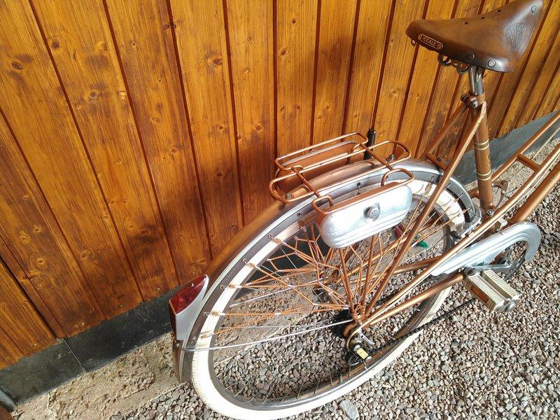 Peugeot début 1960 très bien conservé Kimg0258